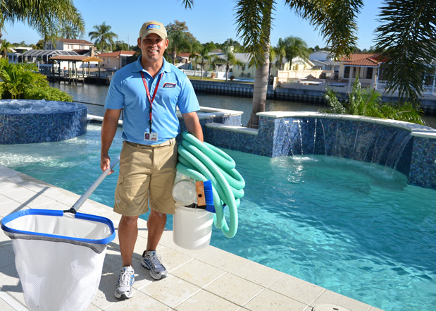 Pool maintenance tips hirerush blog for Pool service
