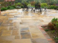 How to build a stone patio on your own