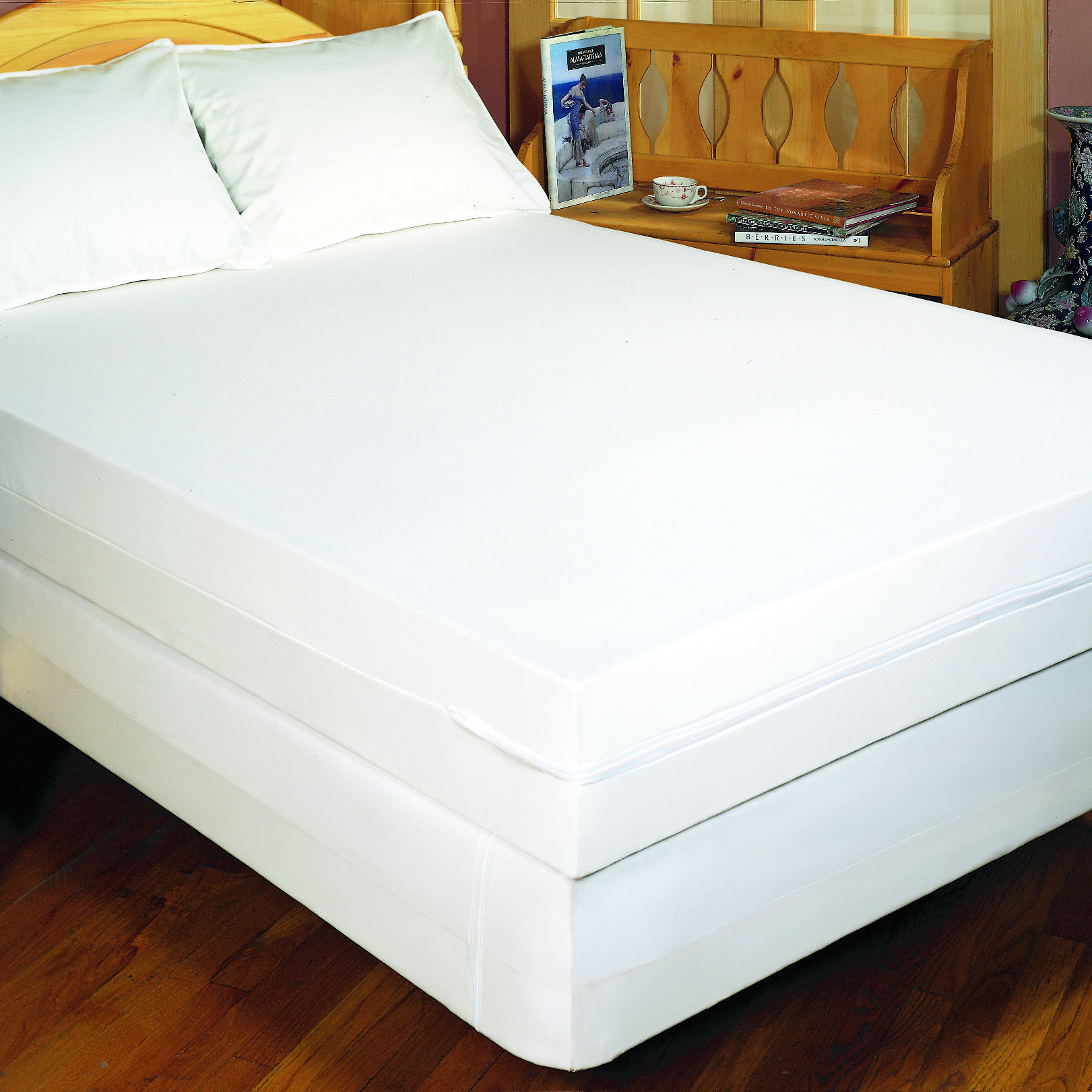 Bed box spring cover cool source get proper mattress for Sofa bed zippered mattress cover