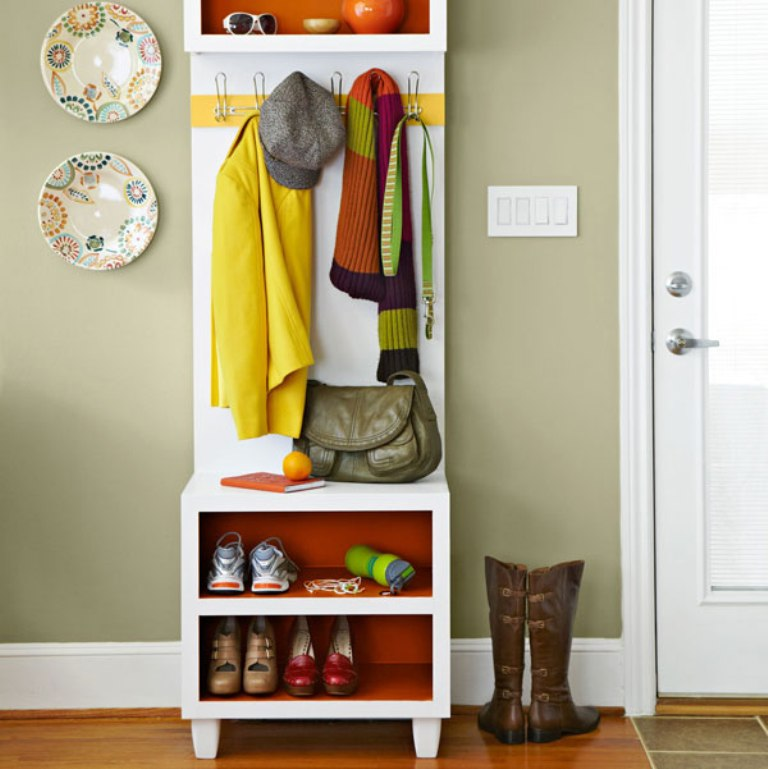 coat hanger and shoe storage