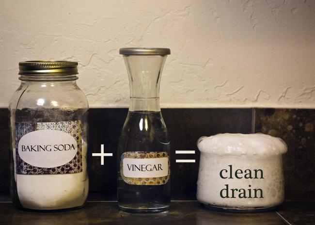 baking soda and vinegar mix unclog drain