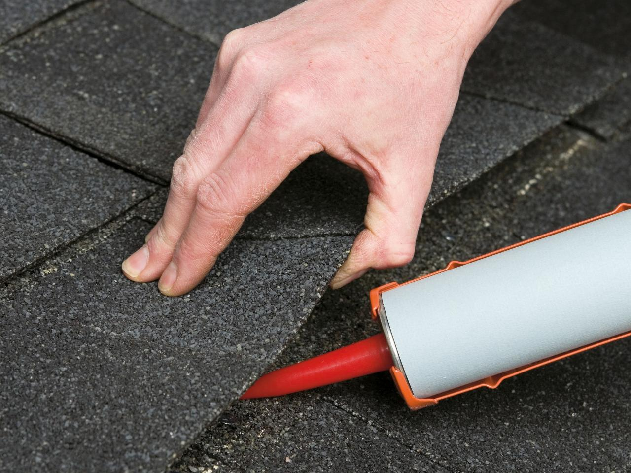 How To Repair A Leaking Roof Hirerush Blog