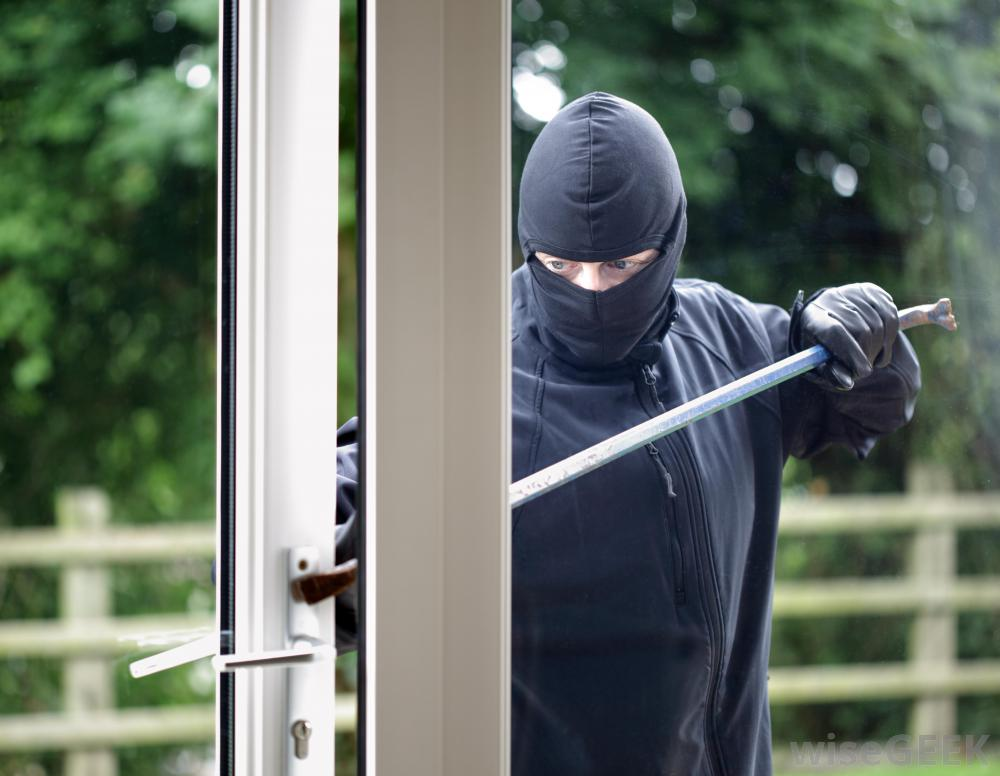 How to secure your home: 5 main security tips | HireRush