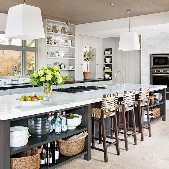 Kitchen-Island-Organize