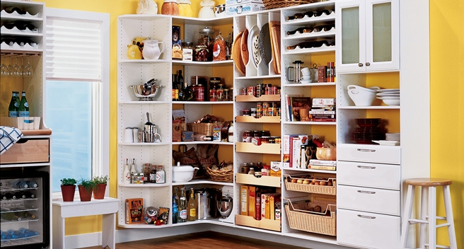 Wonderful Organized Kitchne Pantry