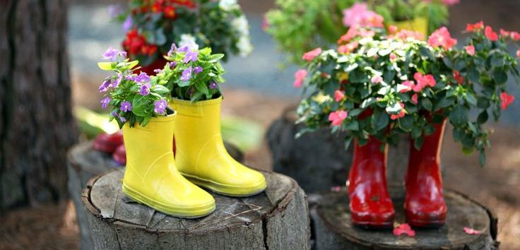 Flowers Planted Into Wellington Boots Diy Garden Decor