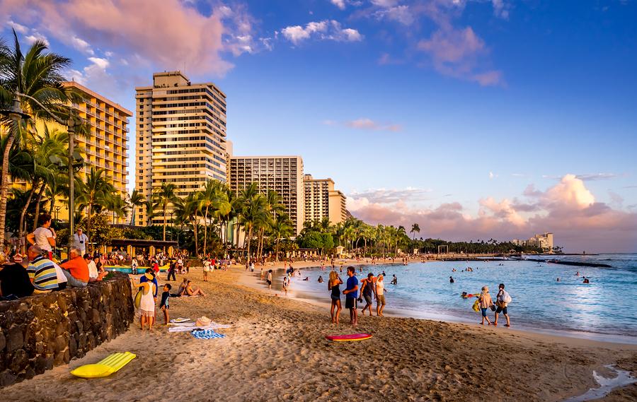 Waikiki Beach Hotel Inside Plaza