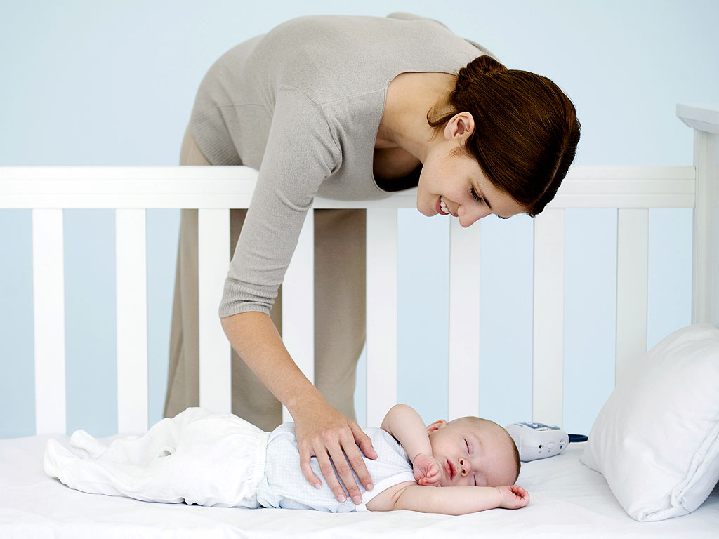 how to train your baby to sleep in crib