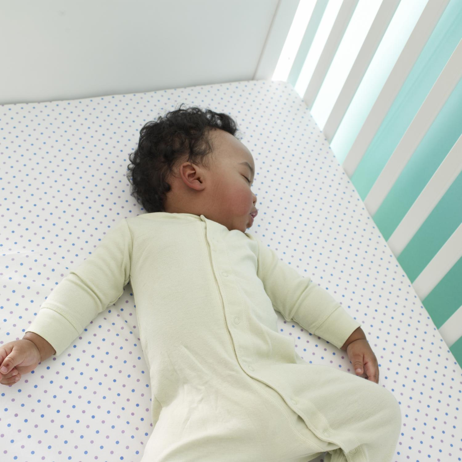 How to get your baby to sleep in crib | HireRush Blog