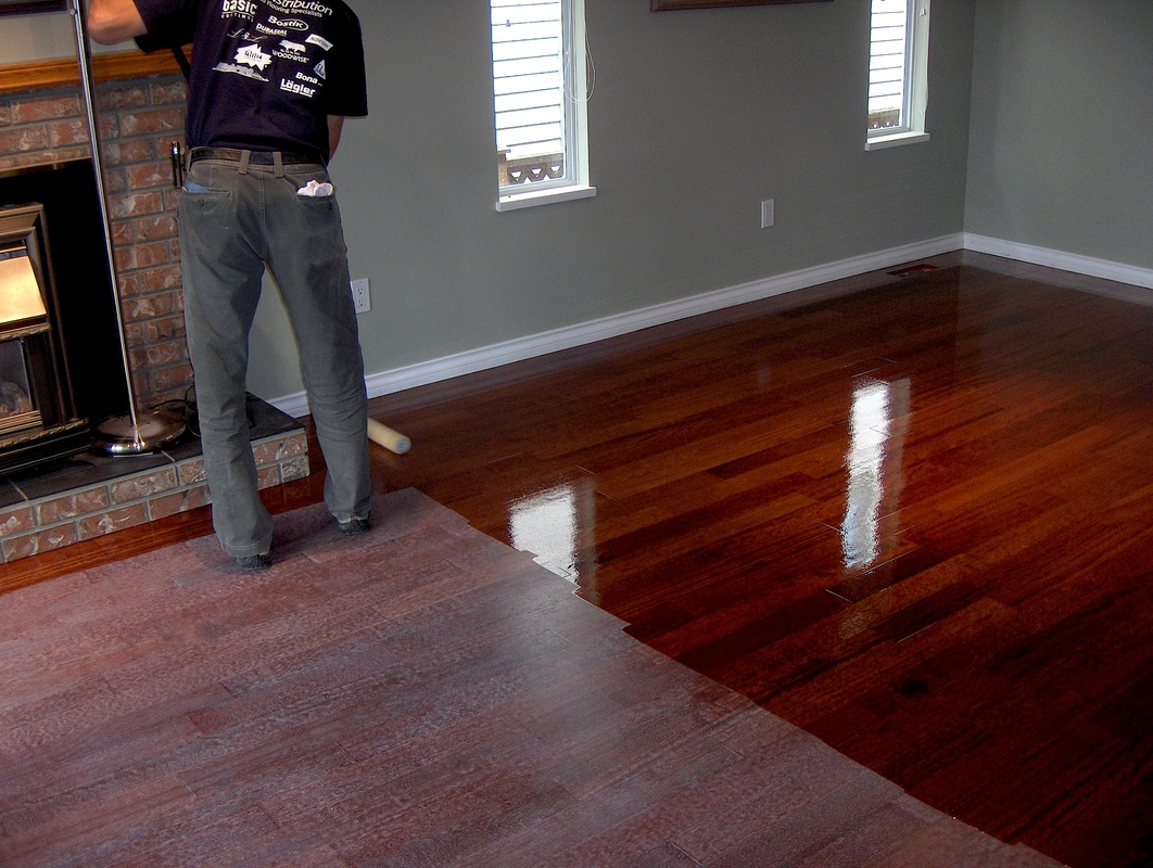 Hardwood floors refinishing guide hirerush blog man refinishing hardwood floors dailygadgetfo Choice Image