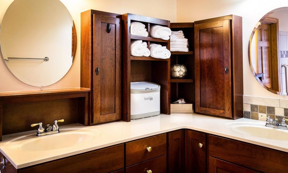 bathroom-670257_1920