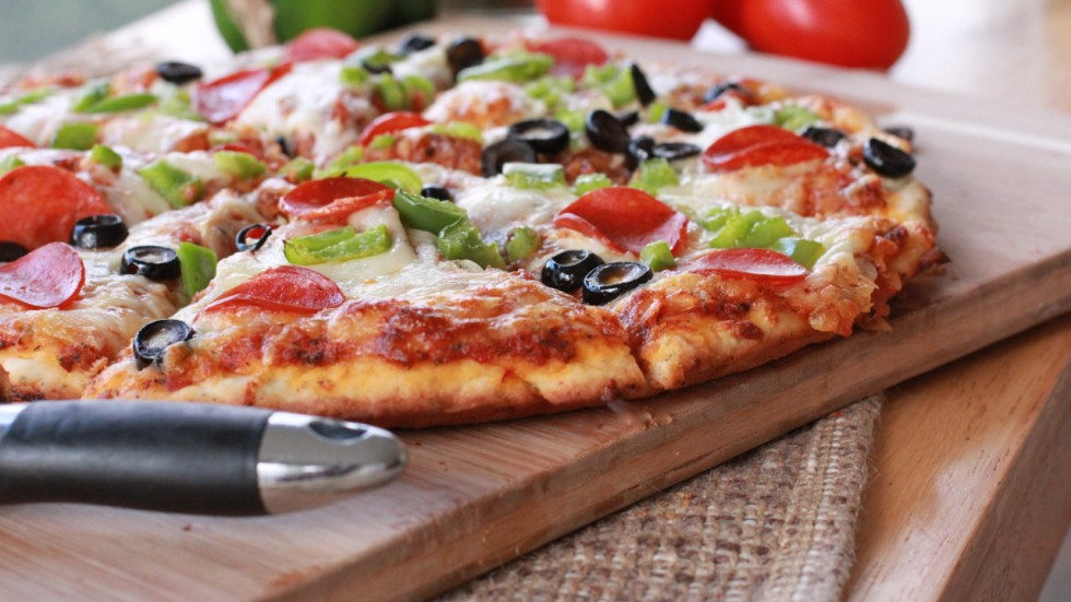 how to make homemade pizza hirerush blog