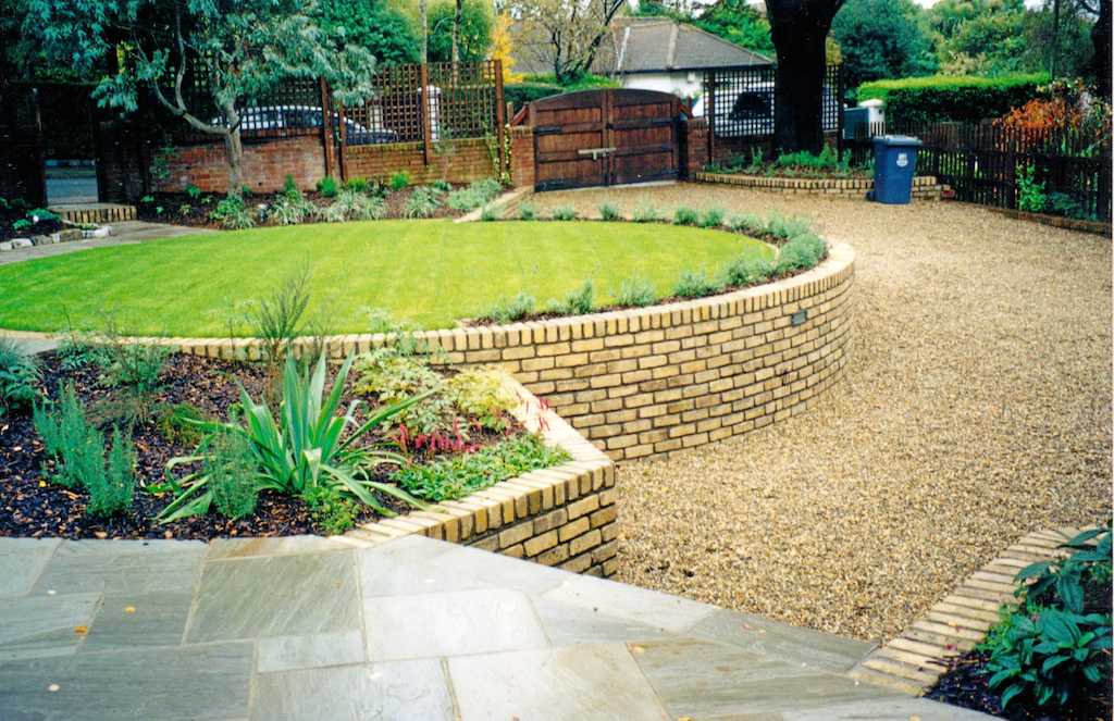Gravel landscape: pros of gravel for landscaping ... on Patio And Gravel Garden Ideas id=46197