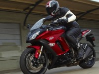 Riding safely: 8 most important motorcycle safety tips