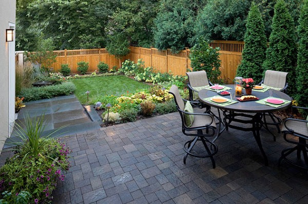 small modern backyard design