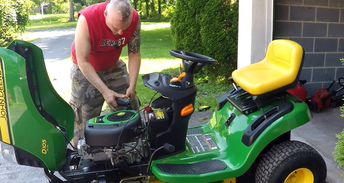 lawn mower maintenance changing oil
