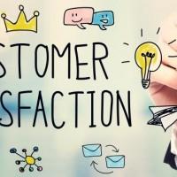 Businessman drawing Customer Satisfaction concept