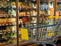 Easy tricks to save money on groceries