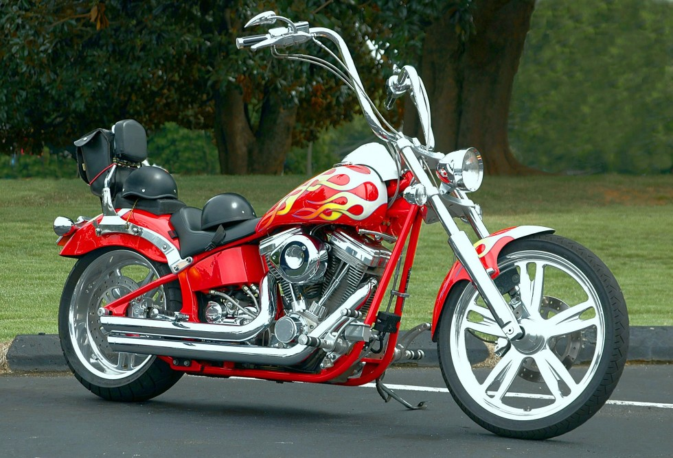 motorcycle-1698615