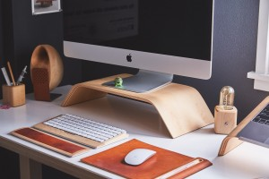 declutter your desk to look like this one