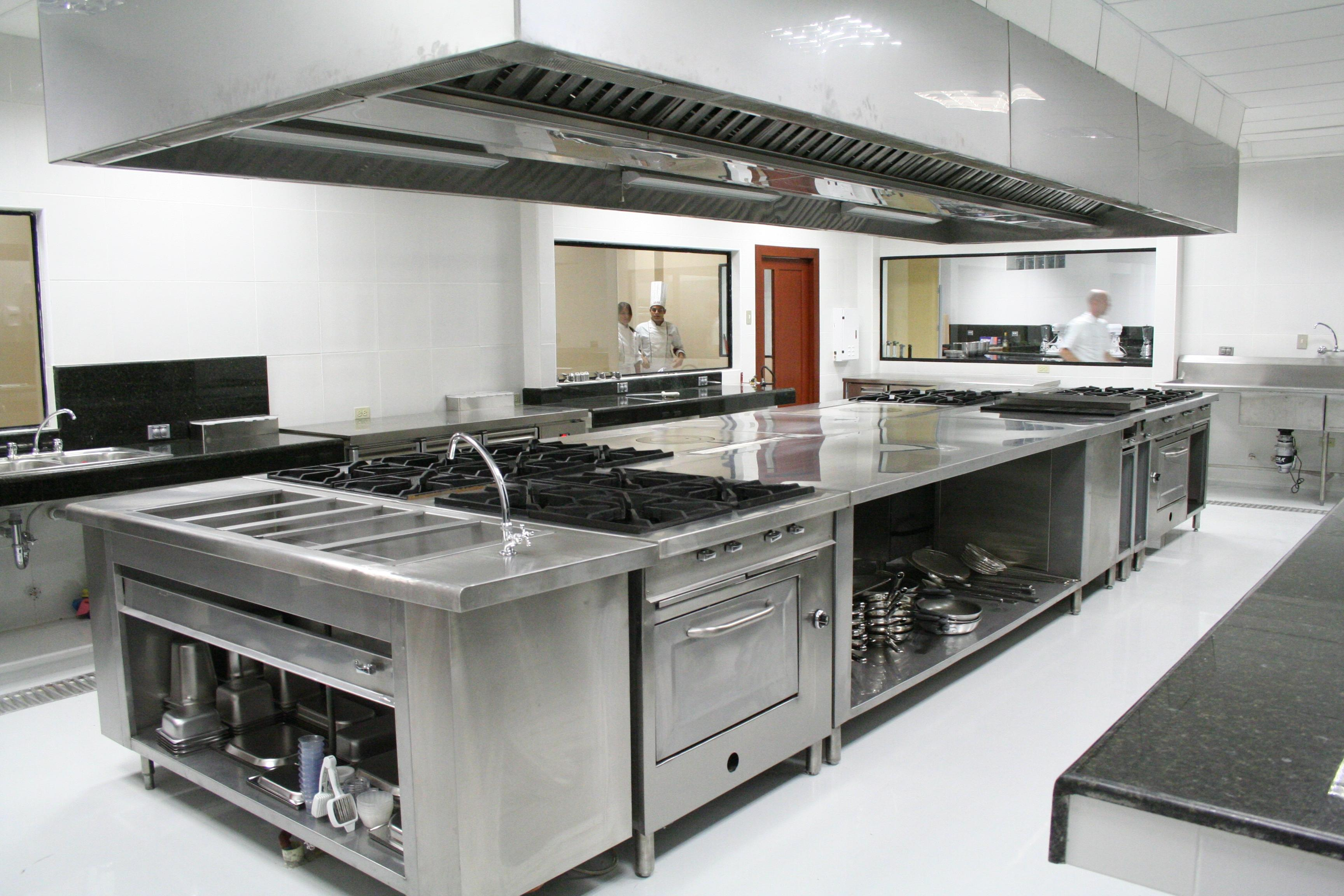 How to plan a commercial kitchen design? | HireRush