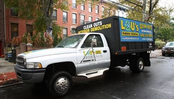 GOT TRASH ? JUNK REMOVAL AND DEMOLITION SERVICES AVAILABLE