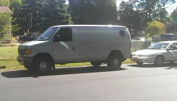 man with a van Delivers & pick ups..LOCAL AND LONG DISTANCE..