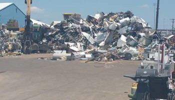 WILL PICK UP YOUR APPLIANCES,Computer, CARS SCRAP METAL** free pick up