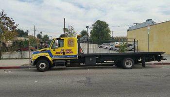 Tow service /servicio de grua
