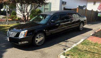 Limousine Service* best rate PROM,CONCERTS,ETC