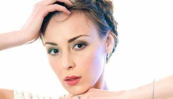 Professional Makeup Artist/ Bridal Makeup Specialist