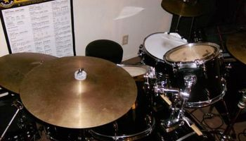 DRUM LESSONS from professional drummer with Master's degree $25