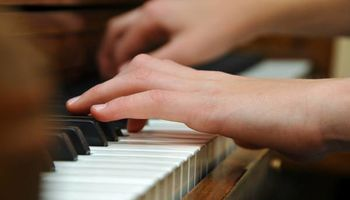 Piano Lesson - FREE private session