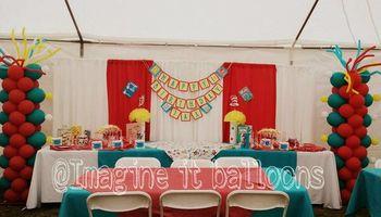 Dr. Seuss balloon decorations