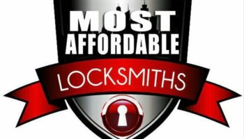 Locksmith In Queens 6465755094  Queens, Ny  Hirerushcom. Arrow Moving And Storage Robert Kahn Attorney. Hospitality Schools In Switzerland. Medical Schools In Dallas Texas. Credit Card 0 Transfer Fee Hands On Cleaning. Best Way To Fix Credit Fast My Medical Bill. San Bernardino Adult School The Dark Zodiac. Costco Palm Beach Gardens Hydrogen Hybrid Car. Car Dealerships Lake Charles La