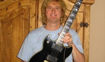 Take Guitar Lessons from WARRANT - KINGDOM COME member