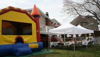 MOONWALK/BOUNCE HOUSE RENTALS
