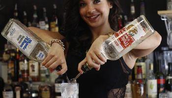 Model Bartender/Server