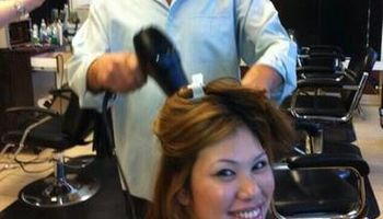 Hairstylist. 30 years experience!