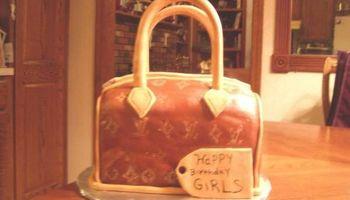 JOHNNYCAKES Customcakes LLC