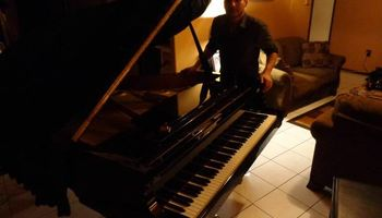Piano Teacher Available in SF Valley!