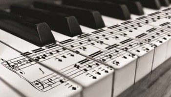 PIANO LESSONS FOR PEOPLE OF ALL AGES