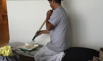 Luis//Affordable and Experienced Painter