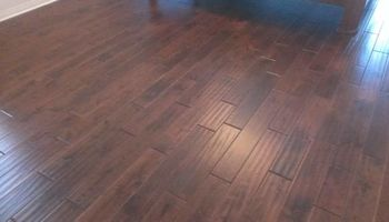 Hardwood and Laminate flooring installer. Best Price in Town!!!!