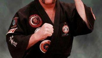 Self-defense training (reality-based self-defense)