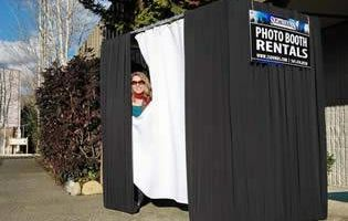 PHOTO BOOTH FOR RENT