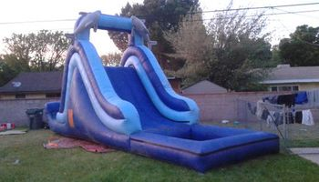 La Roca Fuerte Jumpers ( bouncy house )