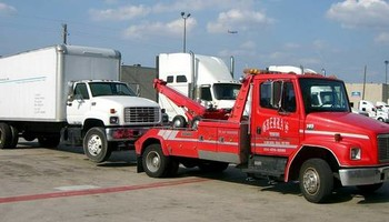 Automotive Towing (Tow Truck)