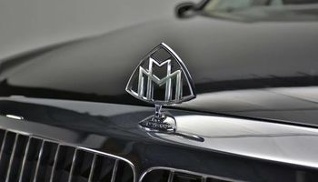 RENT A MAYBACH 62 W/ QUALITY CHAUFFEUR