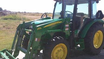 CARWASH AND MOBILE DETAIL SERVICE, JOHN DEERE TRACTOR